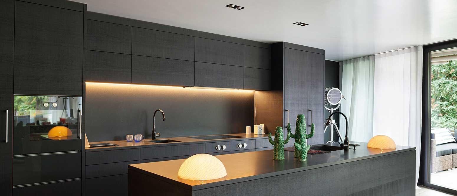LED Under Cabinet Strip Lighting